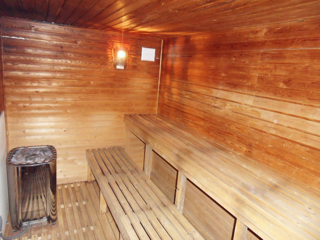 Prix D Un Sauna luxury chalet accommodation for large groups